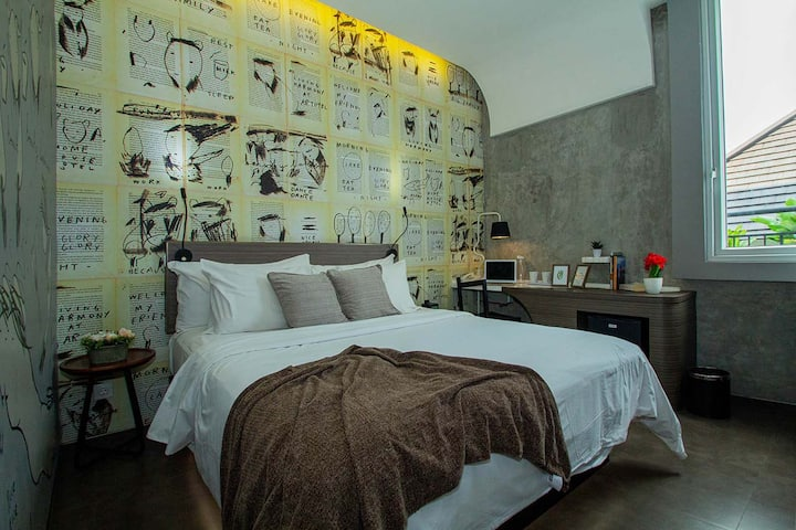 Artsy Studio Hotel Room in Menteng