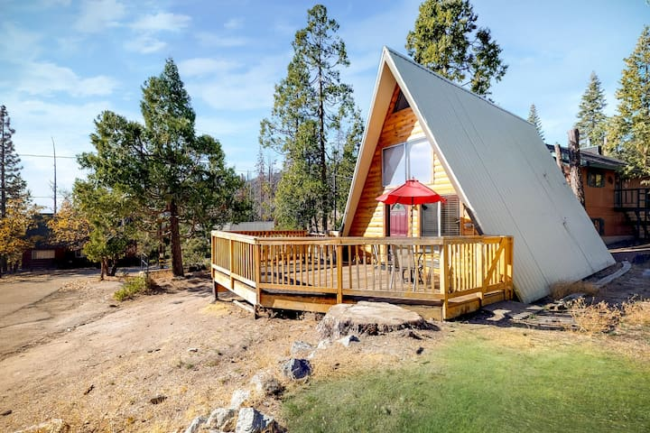 Rustic A-frame cabin with spacious deck and great location!