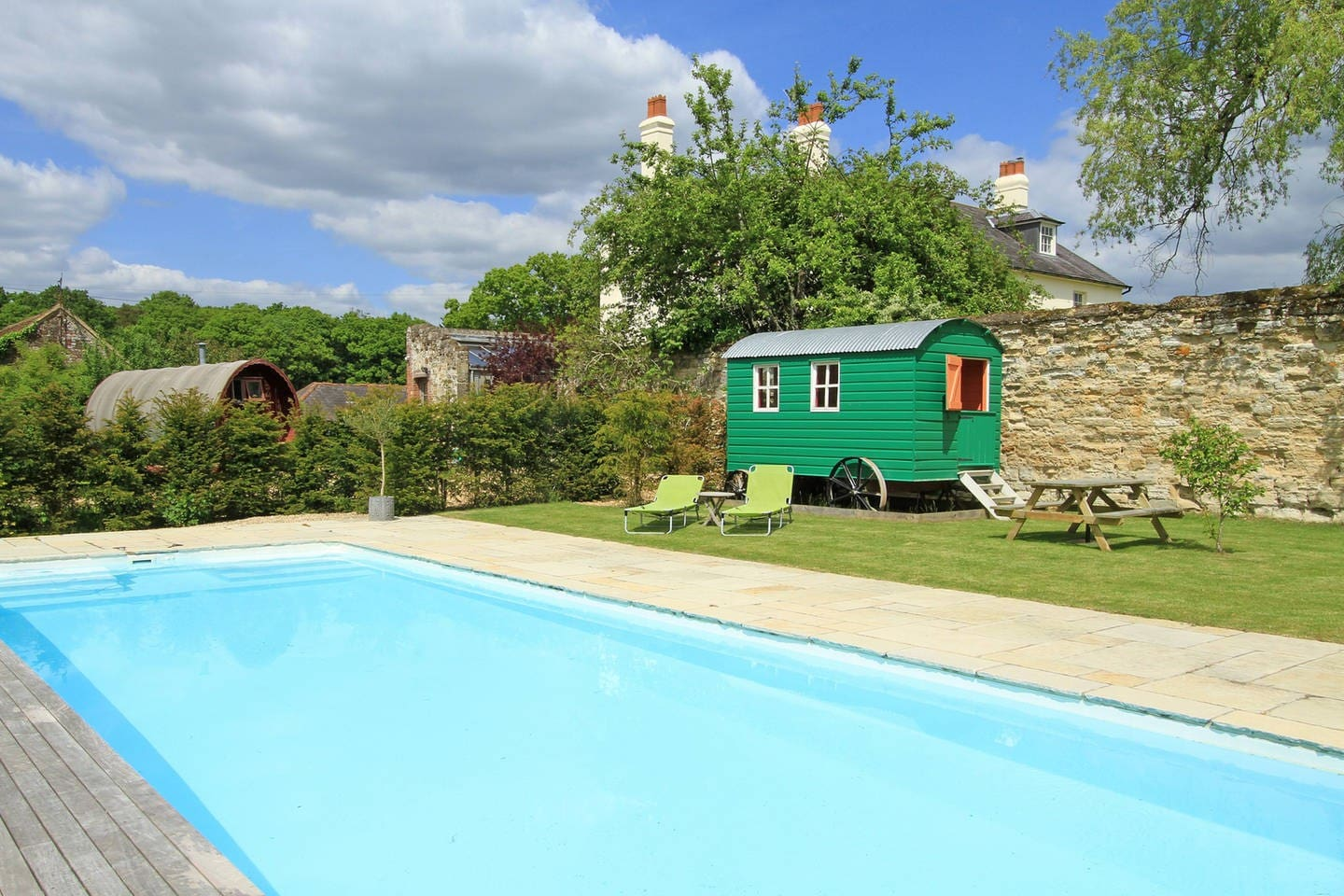 enjoy our family heated pool...no cold feet here!
