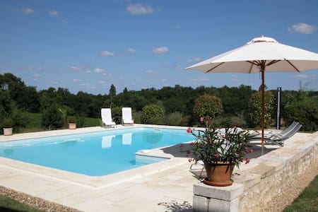 Gite with pool among the vines - Pellegrue - Hus