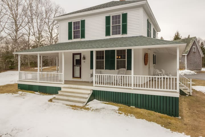 Classic New England Farmhouse - Boothbay - Huis