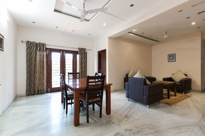 Private Room In Gachibowli