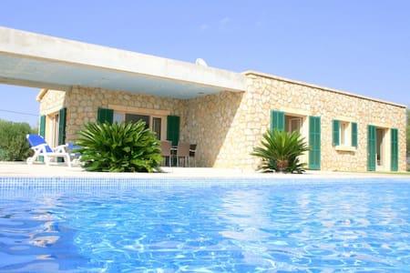 Moderne Finca in Son Servera mit Pool (7100) - Son Carrió - Casa