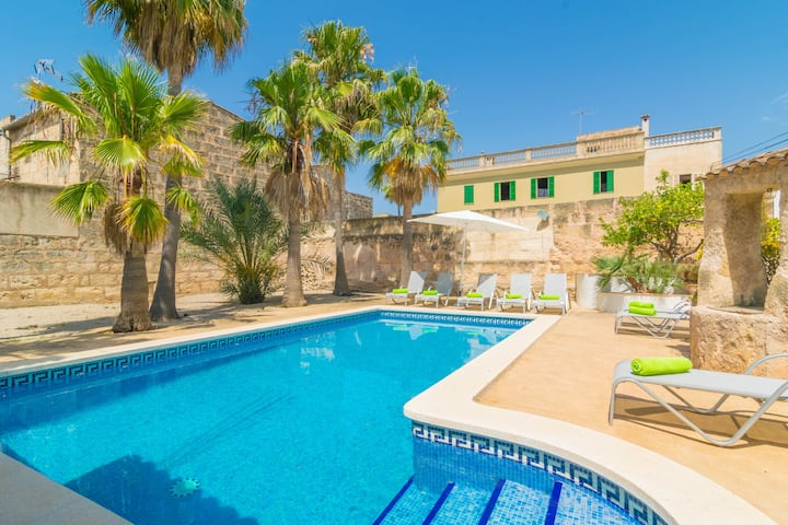 SA VERDERA - Great townhouse with amazing patio and private pool. Free WiFi