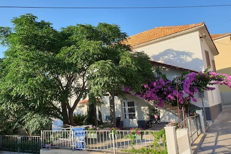 StudioTotolovica-central,parking,quiet garden