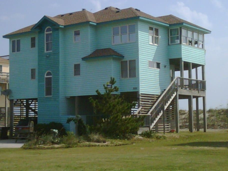 Oceanfront home hatteras island case in affitto a for Hatteras homes