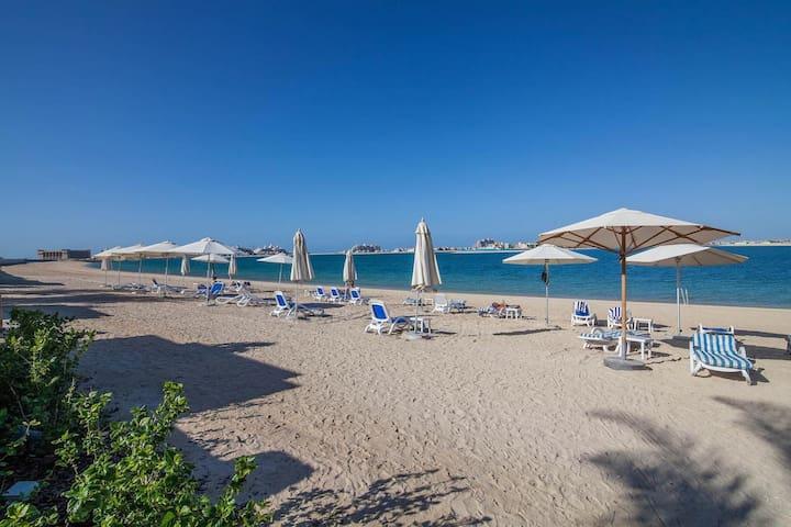 3 bed- Taj Grandeur -Palm Jumeirah - Private Beach