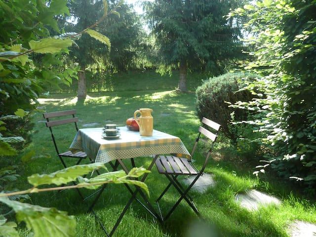 Le style cottage à 1,5 km du Chambon-sur-Lignon - Le Chambon-sur-Lignon - Osakehuoneisto