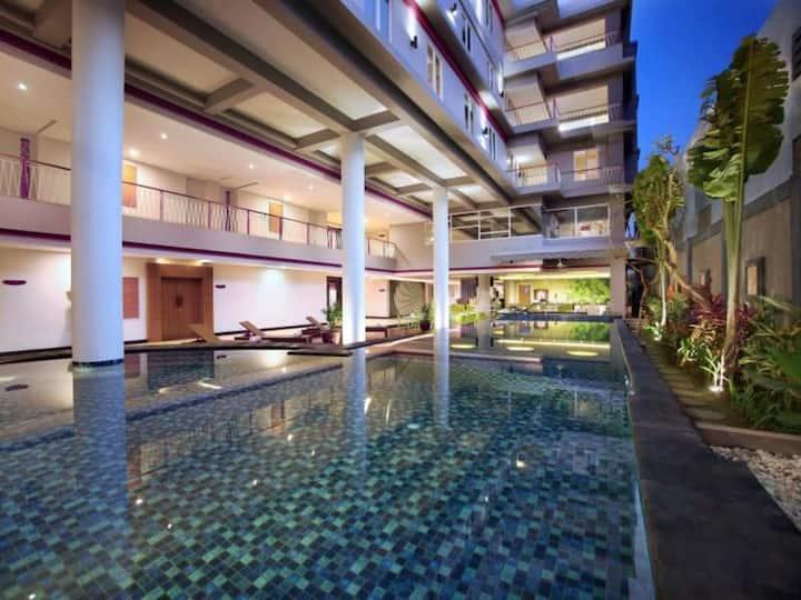 AUM Sunset Seminyak Affordable Superior Room