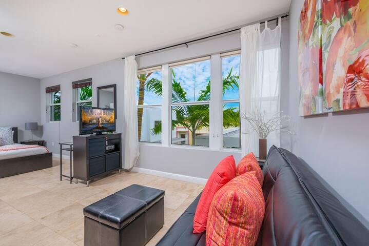Pool View Getaway - Miami Beach - Casa