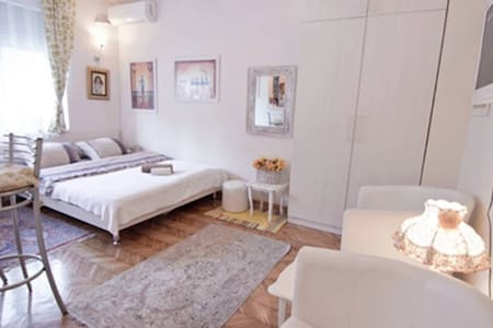 PROMO Lovely white, in the heart of the city - Belgrade - Apartment