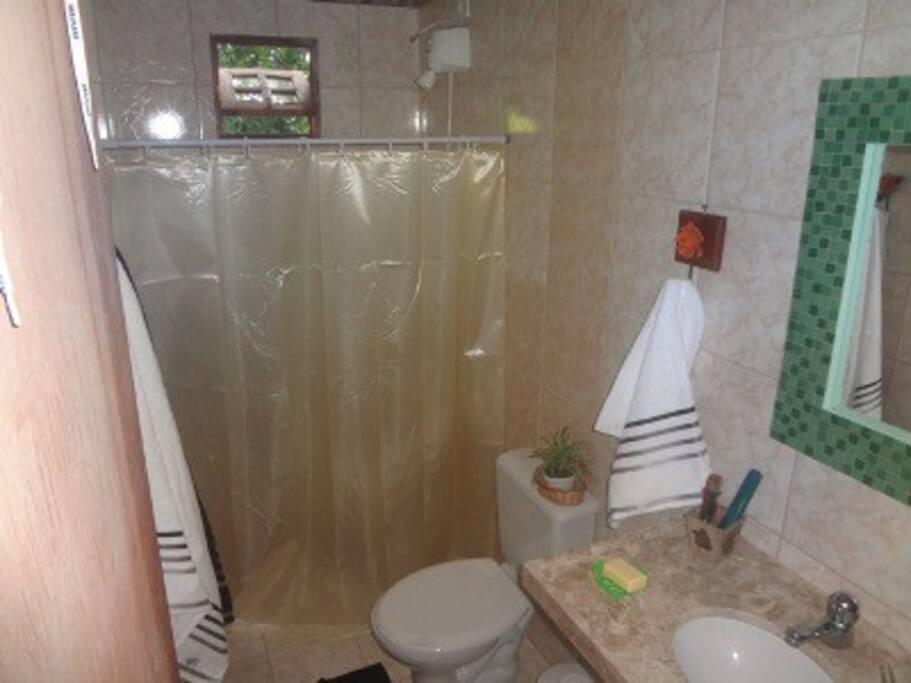 Banheiro suíte quarto casal