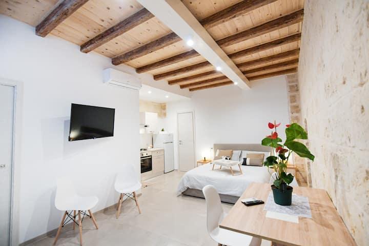 Bari City Center - GIF Apartments 2
