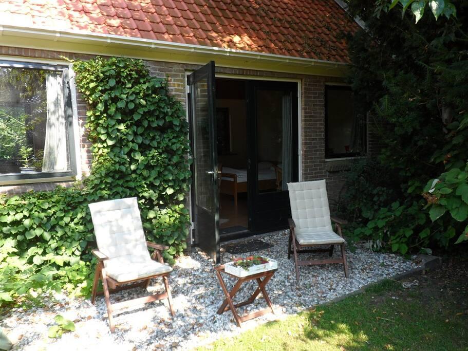 Uniek vakantiehuisje tiny houses te huur in witteveen for Klein huisje in bos te koop