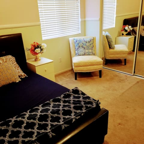 2 Cozy spaces for Renting.