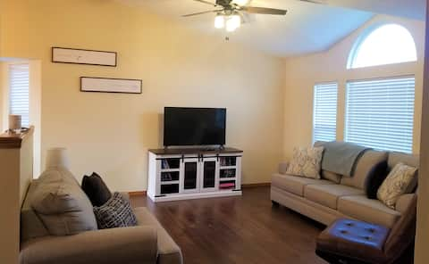 **Updated 5BR/3B Family Getaway**
