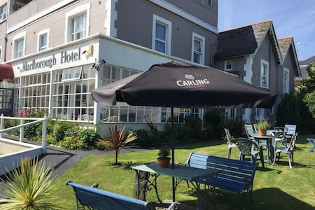 Marlborough Hotel , Shanklin , IOW - Shanklin