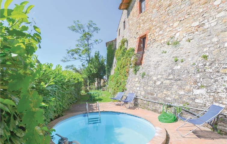 Holiday apartment with 2 bedrooms on 110 m² in Piegaro (PG)