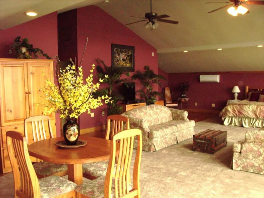 Over 800 SQ. FT.!