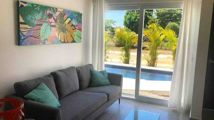 TheHappyLapa *New Poolside Condo in Jacó,CostaRica