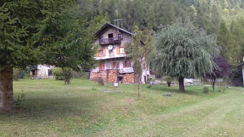 Libertà e Natura in Dolomiti - Avoscan-Sot Colarù-vare - Casa