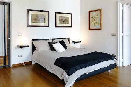 """Bonadies Suite"" Barletta Centro Storico - Barletta - Bed & Breakfast"