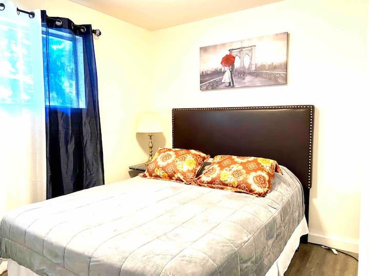 Alderwood: Cute Guest Suite