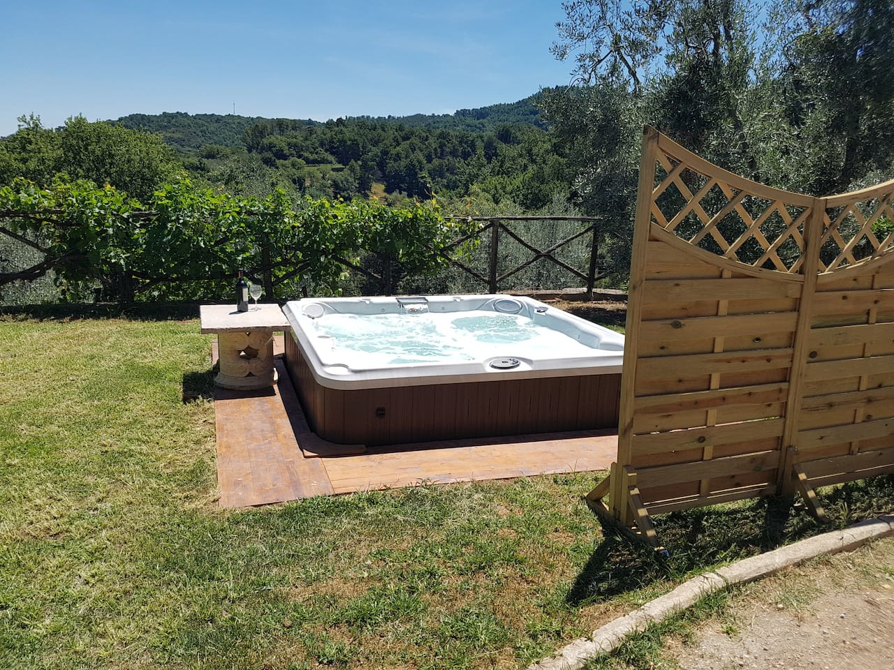 Area relax with Jacuzzi pool 5p.