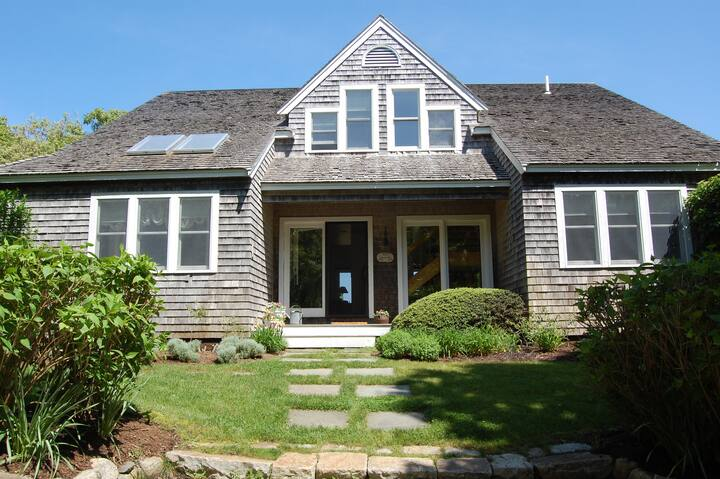 Chilmark home with swimming pool