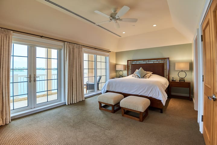 The WaterFront Residence, Room # 3, Bermuda