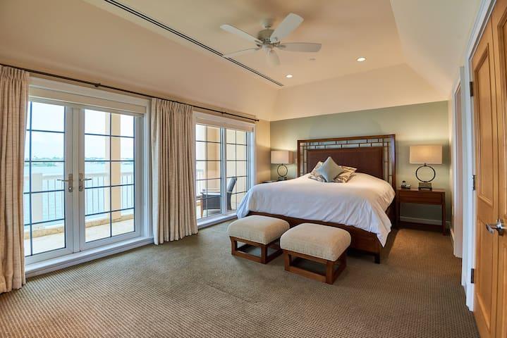 The WaterFront Residence, Room # 3, Bermuda