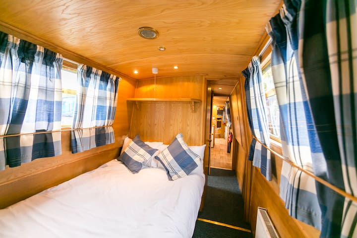 Flexi Club on The Thames  - 2Bedroom Narrow Boat-M - Surrey