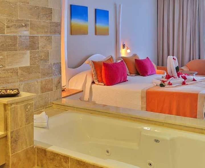 Cofresi Palm Beach & Spa Resort - Ocean Side Suite