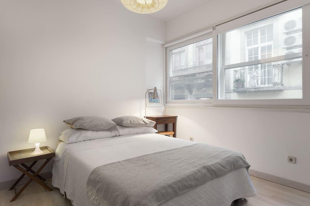 White fabrica house wifi downtown appartamenti in for Appartamenti in affitto a porto ottiolu