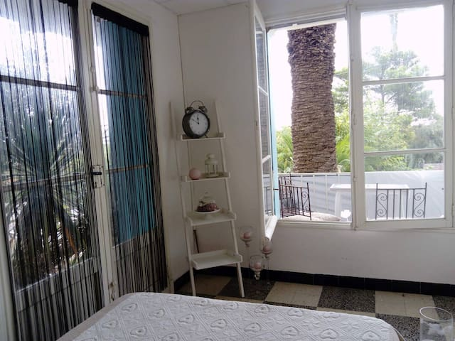 Chambre+sbd+cuisine grand appartement 50mplage