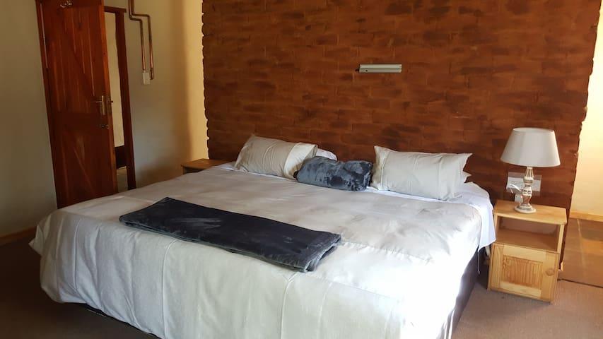 SQN 3rd bedroom