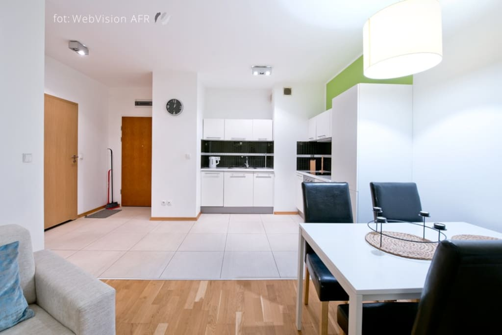 Living romm + kitchen