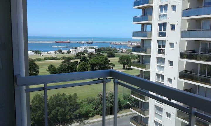 Modern 2 bedroom condo w/great golf+ocean views