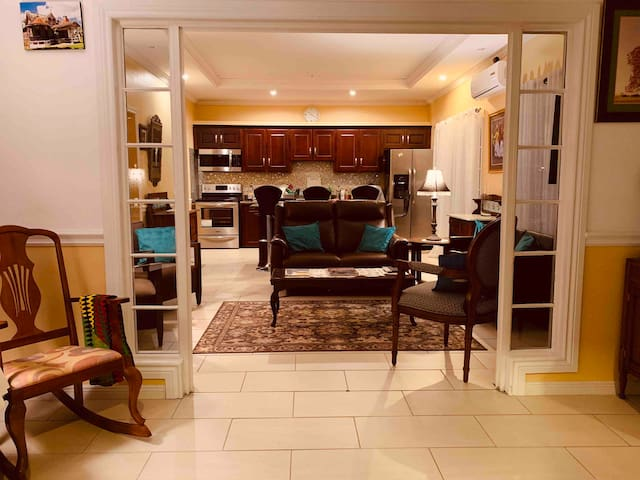 "Cool Carib 2BR Flat Off ""The Avenue"" in Woodbrook"