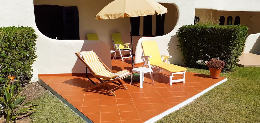 Apt Moinho · 1 Bed Apt Walking Distance To Town Centre & Beach