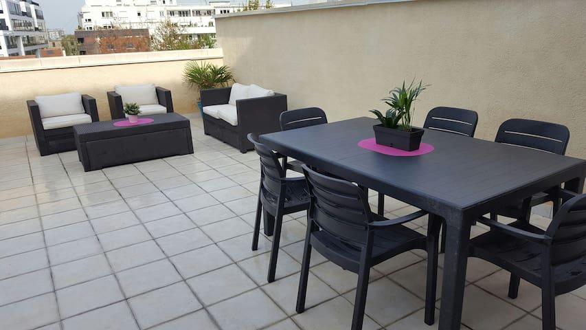 appartement avec grande terrasse proche Paris