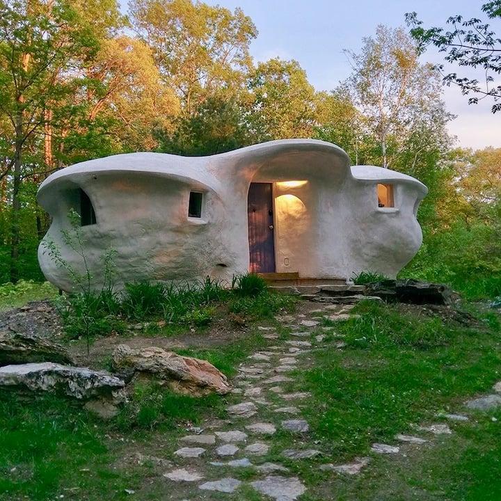 Cozy Vermont mini-house