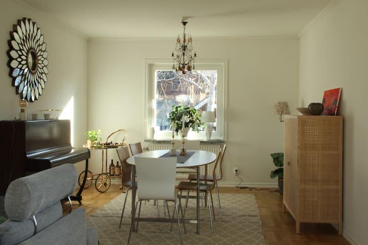 Spacious house near Stockholm - Huddinge - Casa