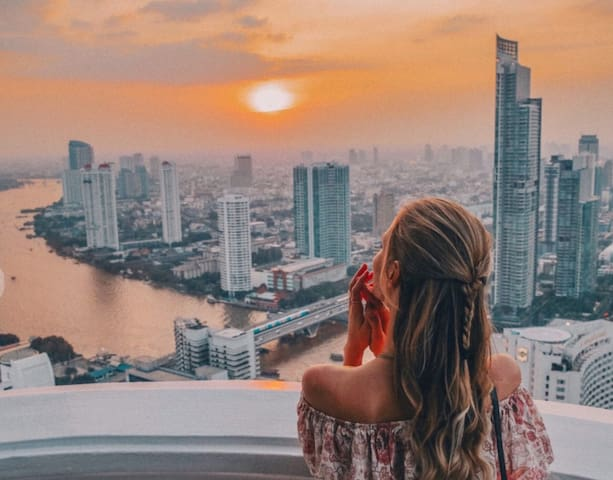 2 Bedroom Loft in Thailand's tallest building.