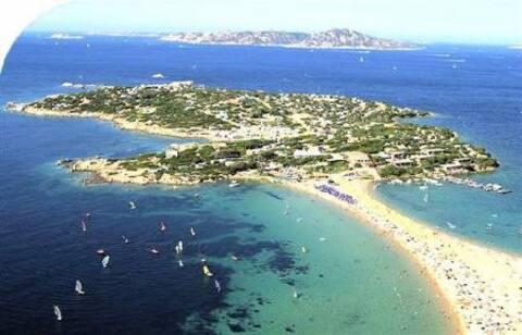 Allotjament independent de Palau a prop de l'illa Gaviota