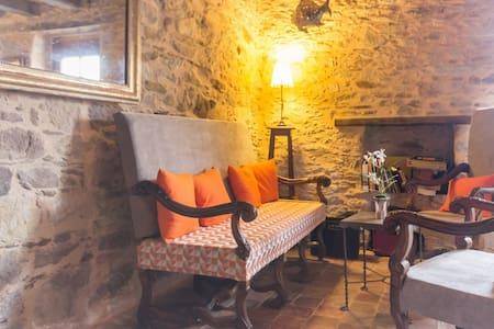 TOPAZE : chez le vigneron - Monnières - Bed & Breakfast