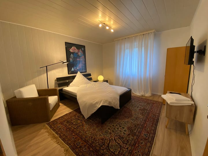 Cozy room with a beautiful nature view/ Messe Köln
