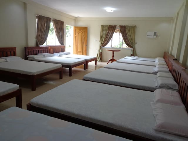 Private Room good for 10 persons (Inland Resort)