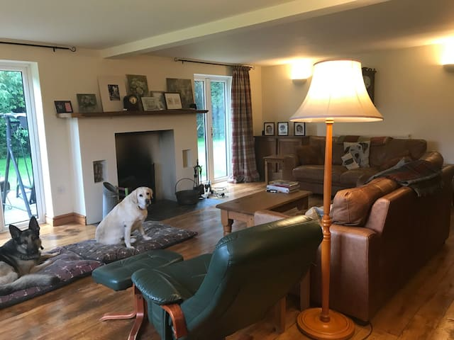 Penybanc - double room with countryside views.