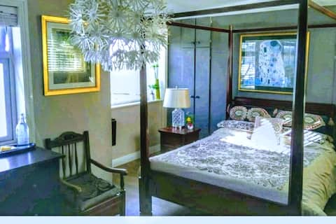 Luxurious Seafront 4~Poster Room/ Optional Breakf